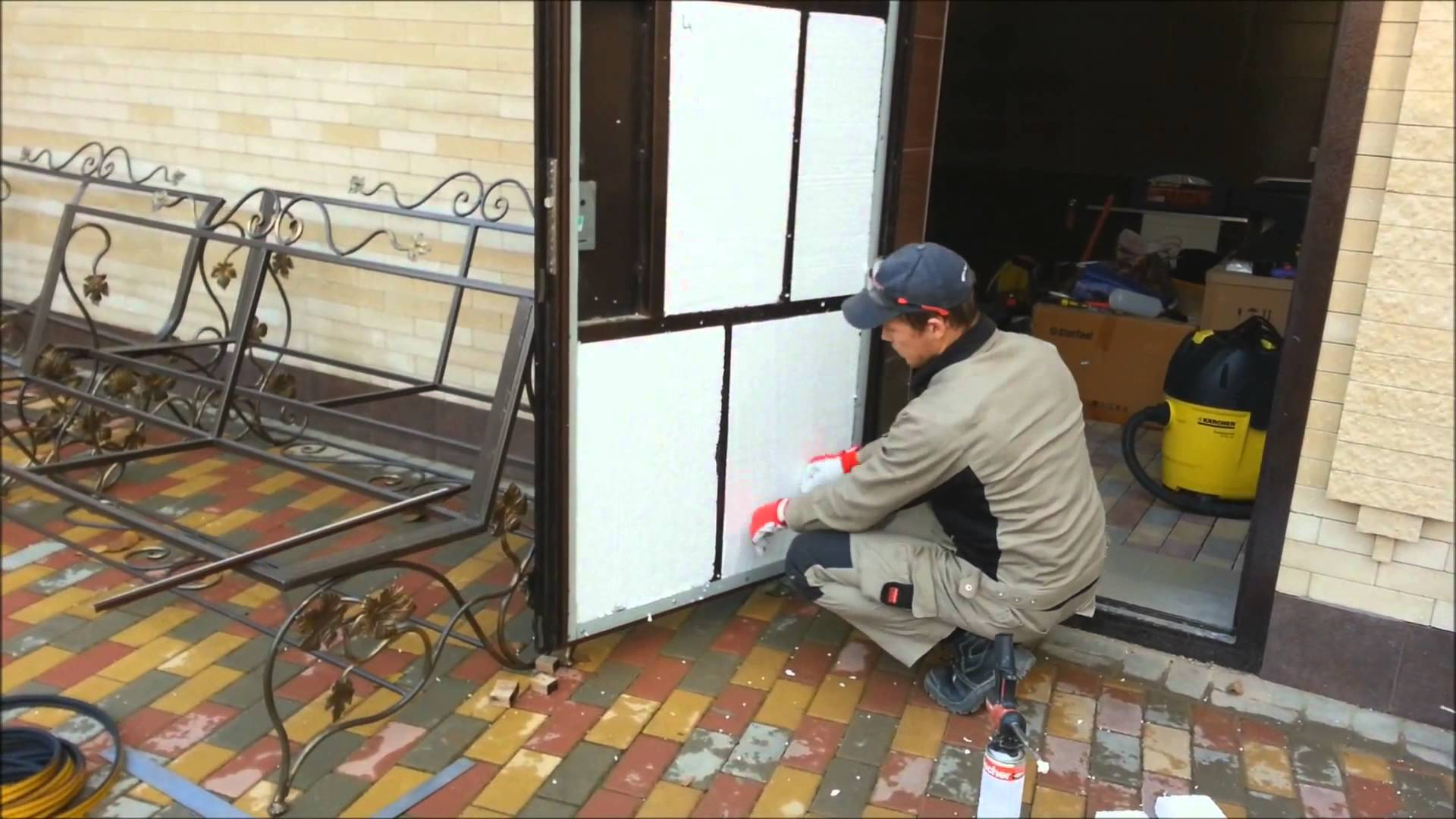 Самодельная металлическая дверь своими руками видео