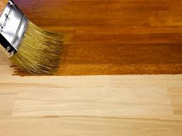 Обработка деревянного крыльца