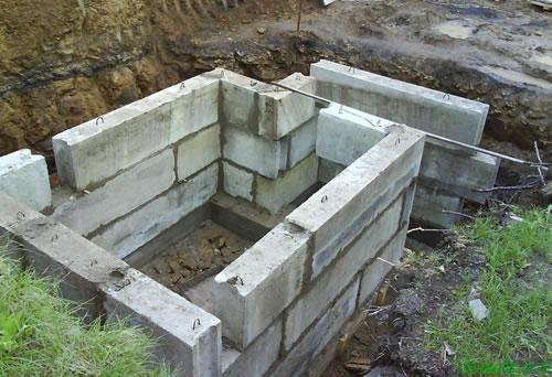 stroitelstvo-pogreba-iz-betonnyh-blokov