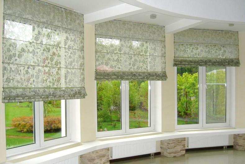karnyz_nad_proemom_okna