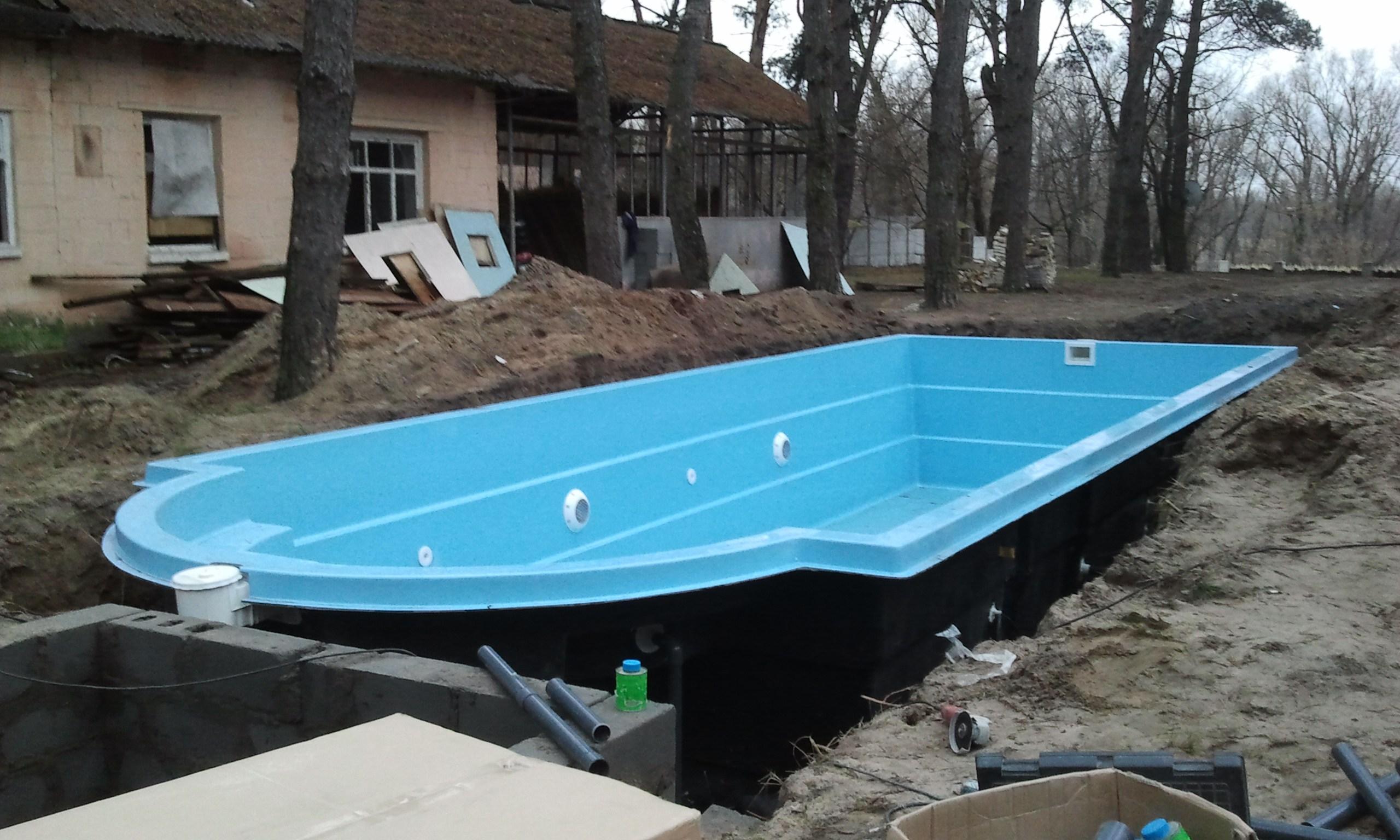 монтаж-бассейна-из-готовой-чаши
