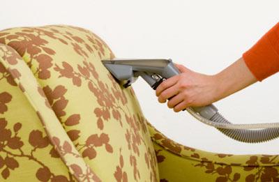 Как ухаживать за мягкой мебелью
